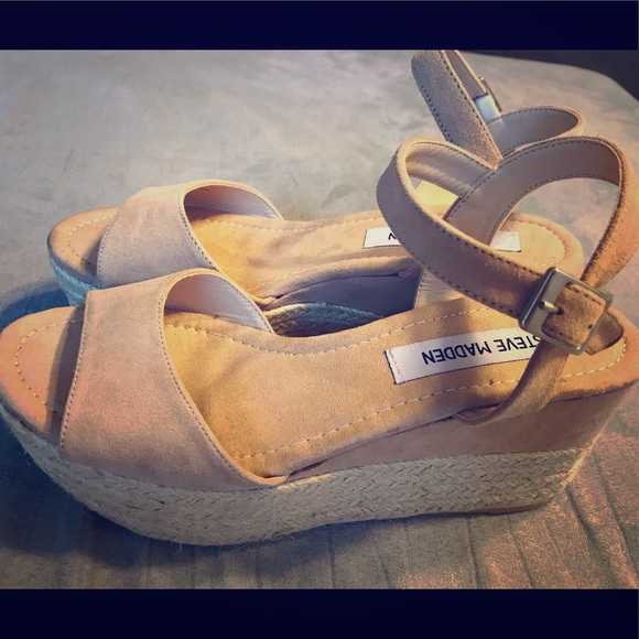 fb7977e82a8 M 5b396a7445c8b3c78e2a0ea1. Other Shoes you may like. Brand new in box Steve  Madden espadrille black. Brand new in box ...